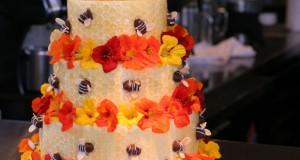 Торти с пчели