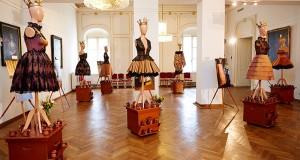 Истински пчели на изложба във Виена