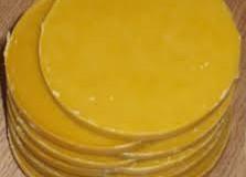 Пчелният восък е изключително ценен продукт.